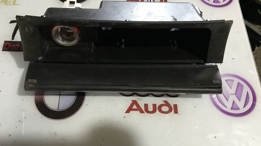 Carcasa scrumiera+ bricheta Volkswagen Passat B6