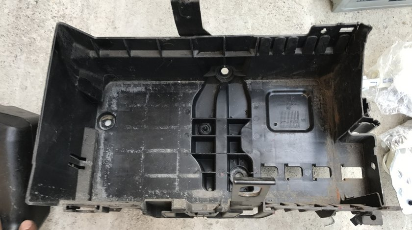 Carcasa Suport baterie Opel Astra J 2010 2011 2012