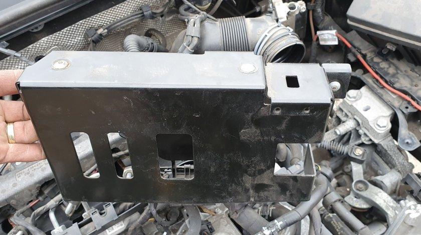 Carcasa Suport calculator motor Vw Golf 7 Vw Passat B8 Audi A3 8V 5q0907411b 2014 2015 2016 2017