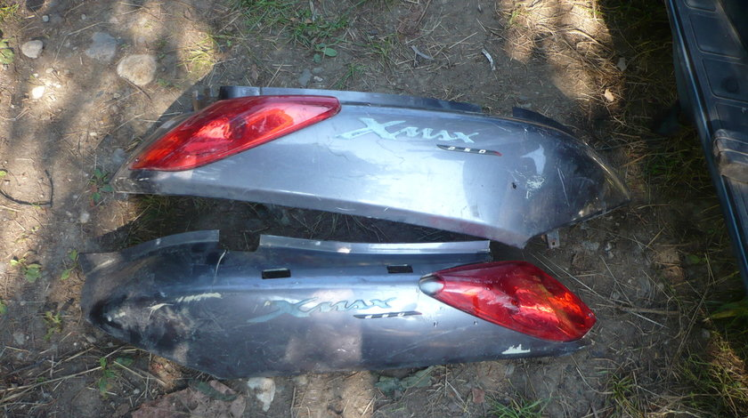 Carena spate Yamaha Xmax 250 cm 4 T