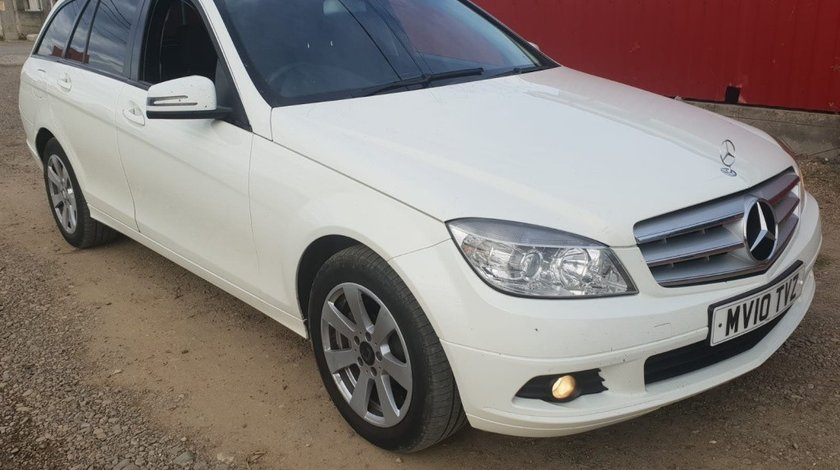 Carenaj aparatori noroi fata Mercedes C-Class W204 2010 combi break 2.2 cdi om651