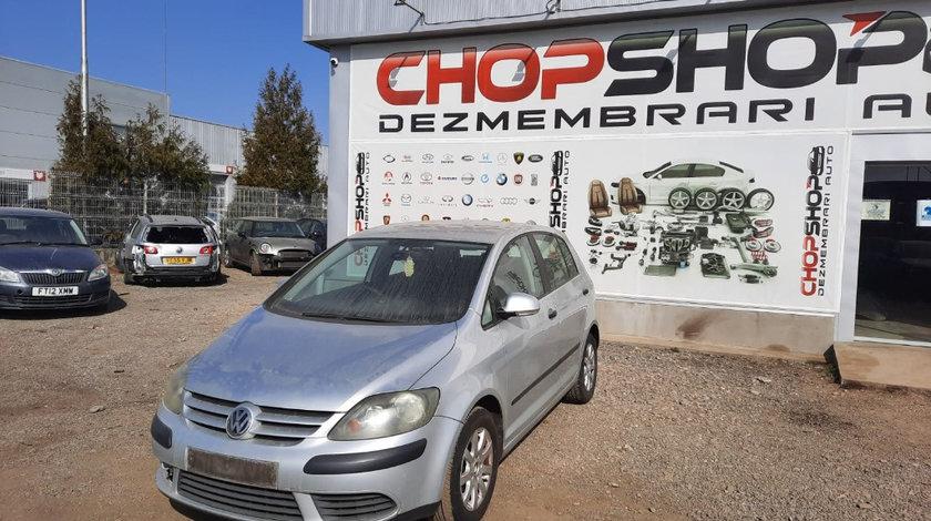 Carenaj aparatori noroi fata Volkswagen Golf 5 Plus 2005 Hatchback 1.6 i