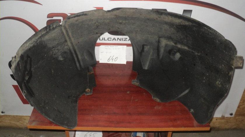 CARENAJ DREAPTA FATA FORD FOCUS 1.8 16V 2001 BREACK