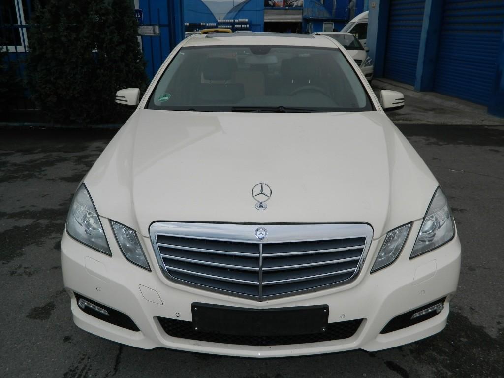 Carenaj roata dreapta fata Mercedes E-CLASS W212 model 2012