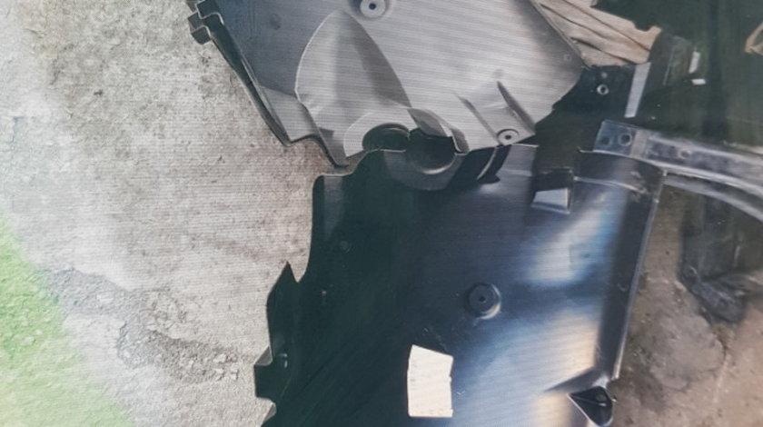 Carenaj roata dreapta Mercedes Sprinter 2 (2014-->) [906]