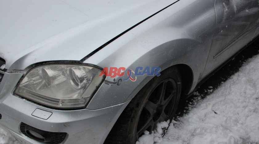 Carenaj stanga fata Mercedes ML 3.0 CDI W164 2006-2009