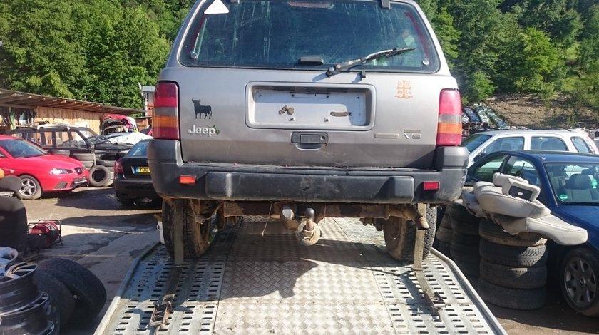 Carlig remorcare cu instalație electrică Jeep Grand Cherokee 2.5, 85 kw, 2000