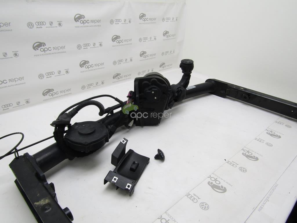 Carlig remorcare cu rabatare electrica - Original - Audi A7 / A6 - Cod: 4G0800491T