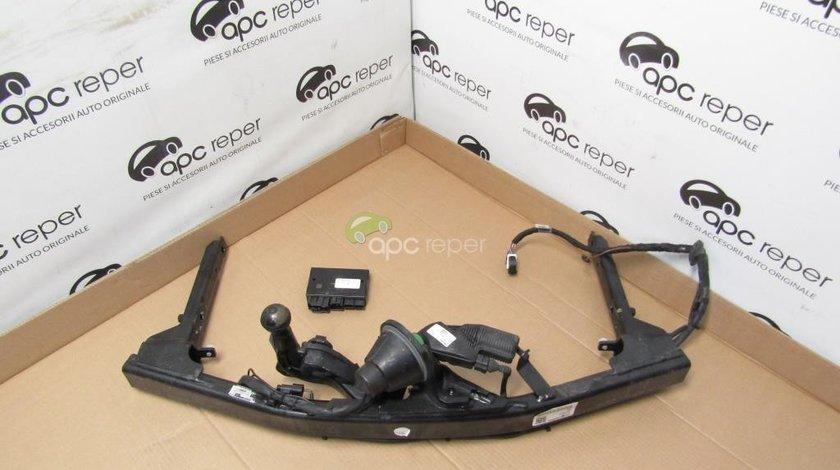 Carlig remorcare electric Audi A4 8W - Cod: 8W0800491E