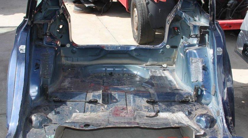 Caroserie spate Ford Focus 3 Hatchback model 2011