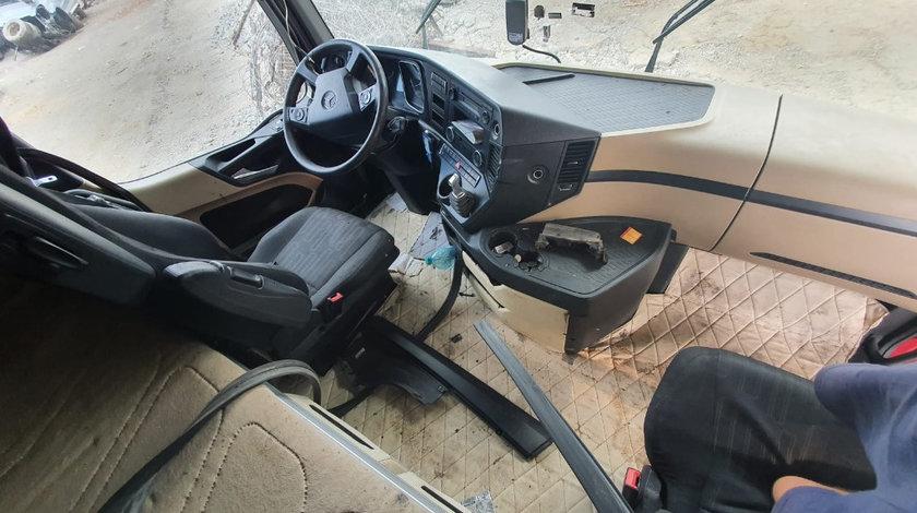 Casetofon Mercedes Actros MP4 EURO 6 motor 13.0cdi om471