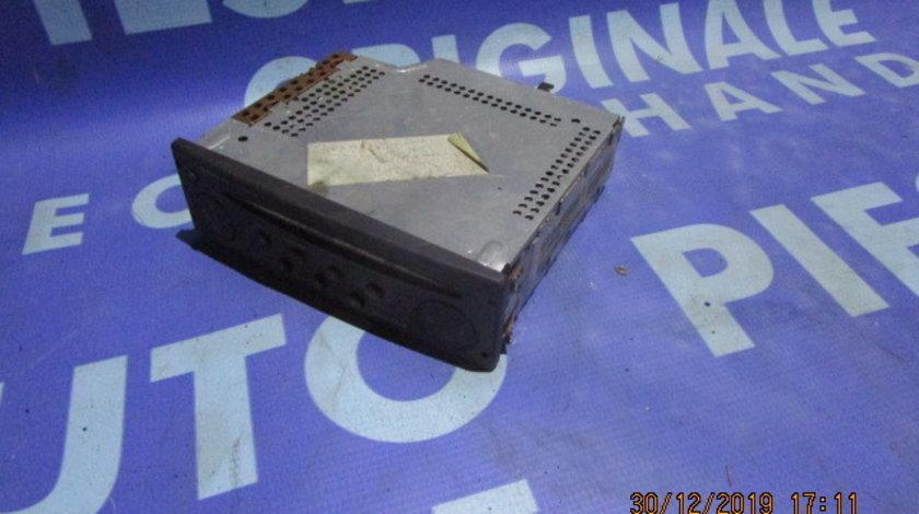 Casetofon Renault Laguna 2002; 8200248100