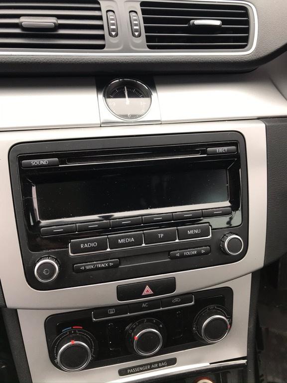 Casetofon Volkswagen Passat B7