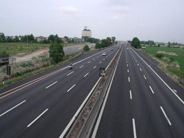 Cat ai fi dispus sa platesti Taxa de Autostrada?