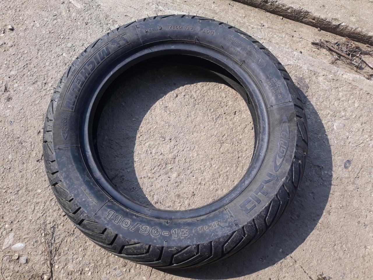 Cauciuc,Cauciucuri Michelin 110 90 13  M/C Ca NOU