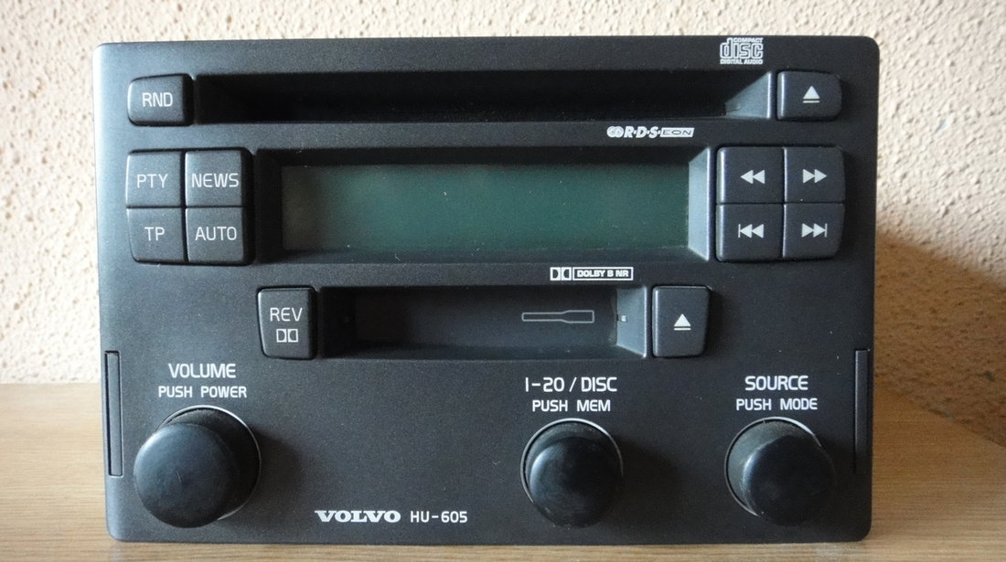 Cd player 2 din OEM volvo hu605