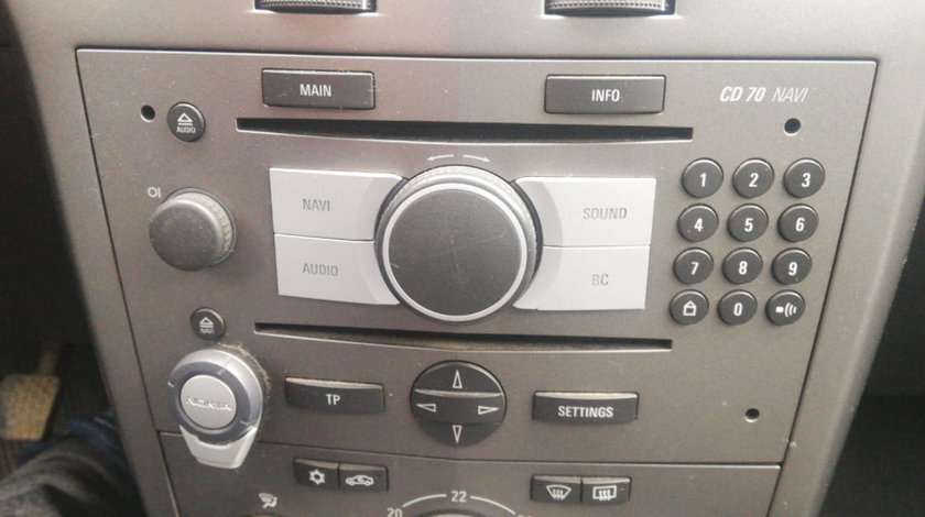 CD player cu navigatie Opel Astra H 2008 break 1,9 CDTI