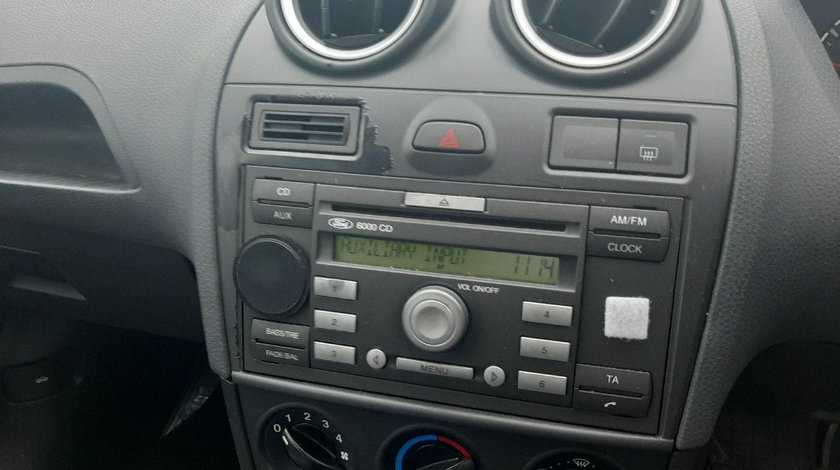 CD player Ford Fiesta 2006 Hatchback 1.2i