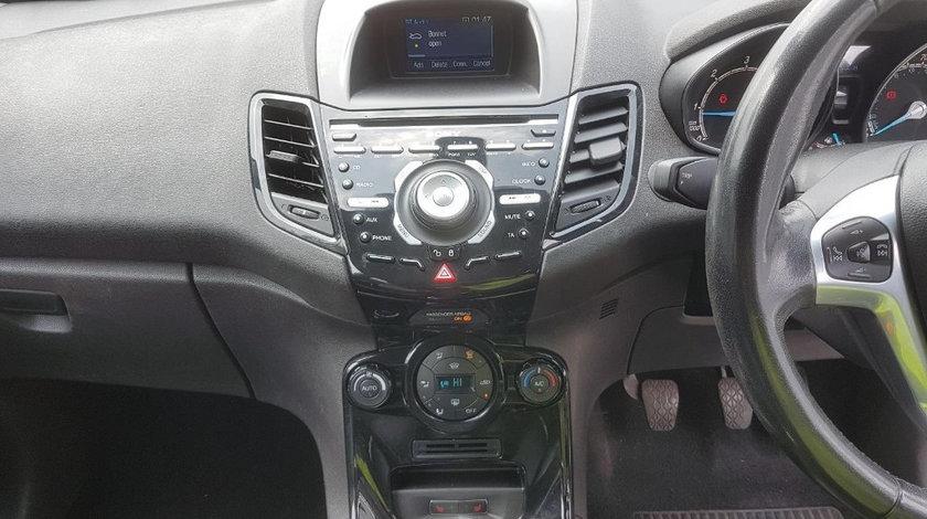 CD player Ford Fiesta 6 2014 Hatchback 1.6 TDCI
