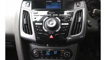 CD player Ford Focus 3 2011 Hatchback 1.6 i