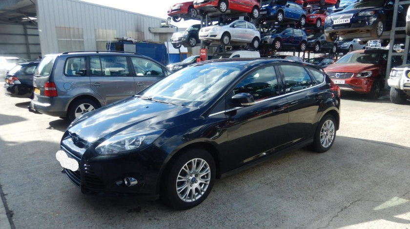 CD player Ford Focus 3 2011 Hatchback 1.6i