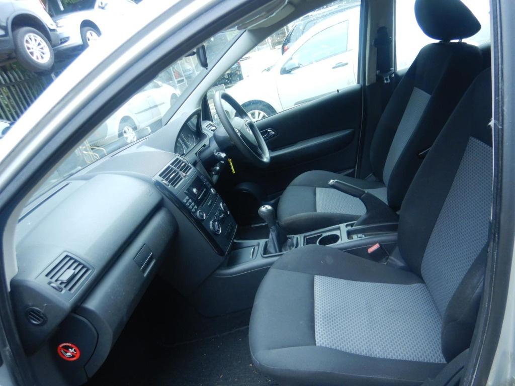 CD player Mercedes A-Class W169 2006 Hatchback 1.7