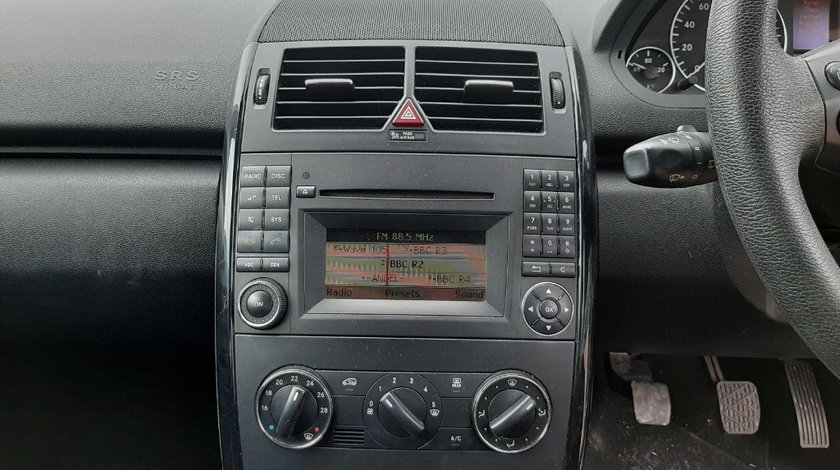 CD player Mercedes A-Class W169 2008 Hatchback 1.5i