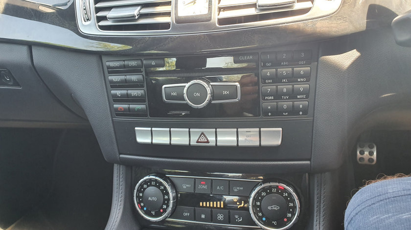 Cd player mercedes cls350 w218