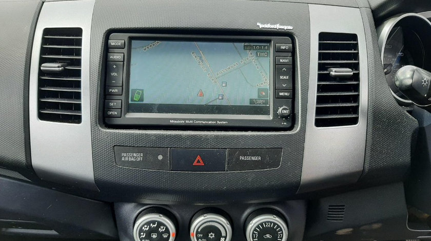 CD player Mitsubishi Outlander 2008 SUV 2.2 DIESEL