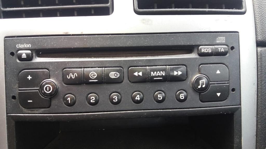 CD player original Peugeot 307