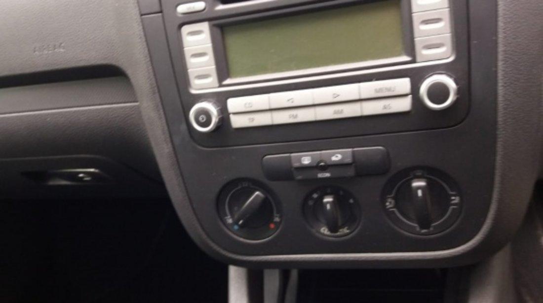 CD player original VW Golf 5