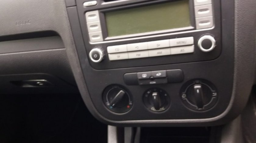 CD player original VW Golf 5