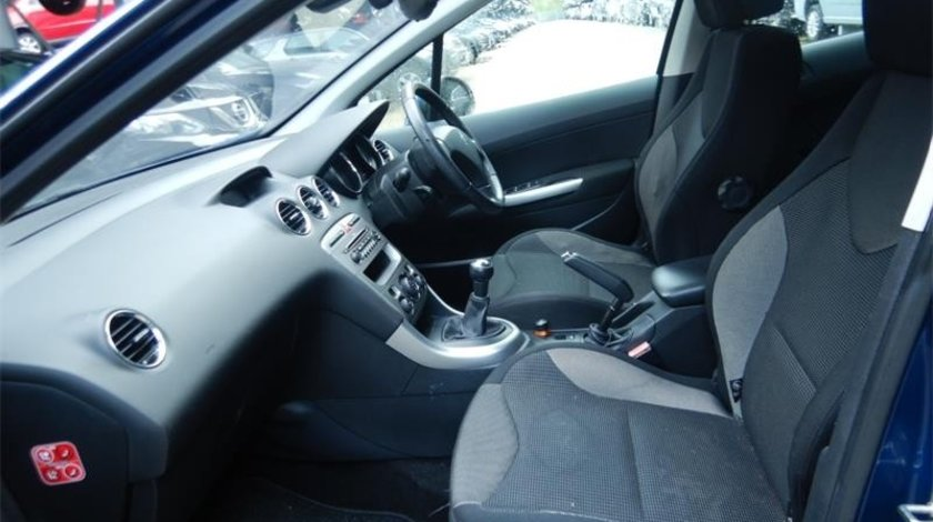 CD player Peugeot 308 2007 Hatchback 1.6