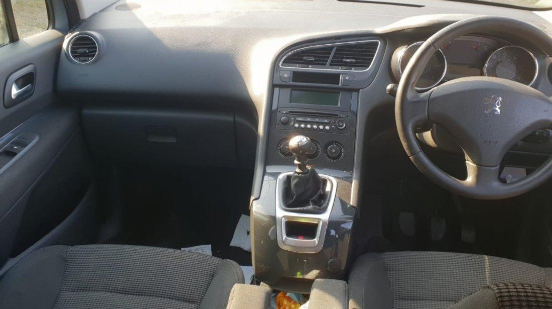 CD player Peugeot 5008 2010 monovolum 1.6hdi 9hz