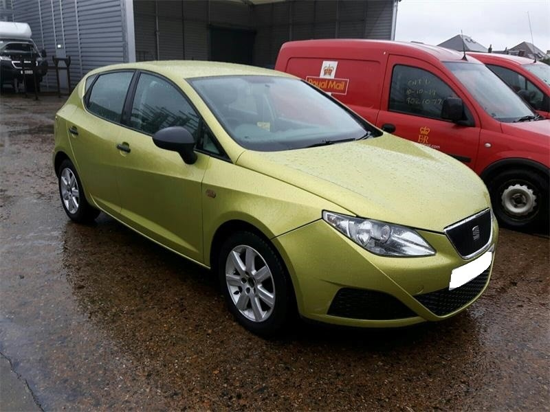 CD player Seat Ibiza V 2008 Hatchback 1.2