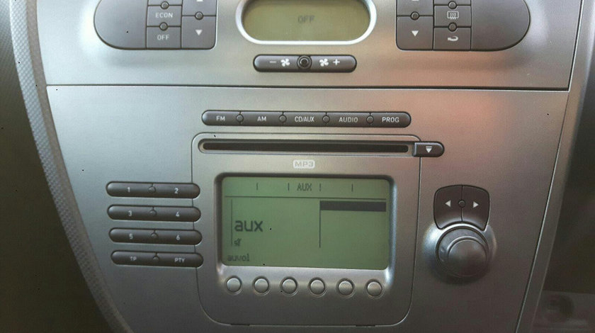 CD player Seat Leon 2 2006 Hatchback 2.0 TFSi