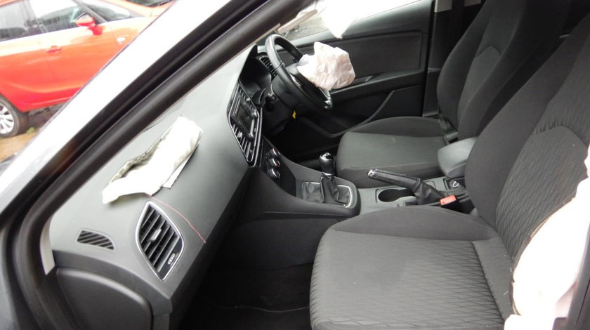 CD player Seat Leon 3 2013 HATCHBACK 1.6 TDI