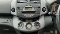 CD player Toyota RAV 4 2007 SUV 2.2d-4D