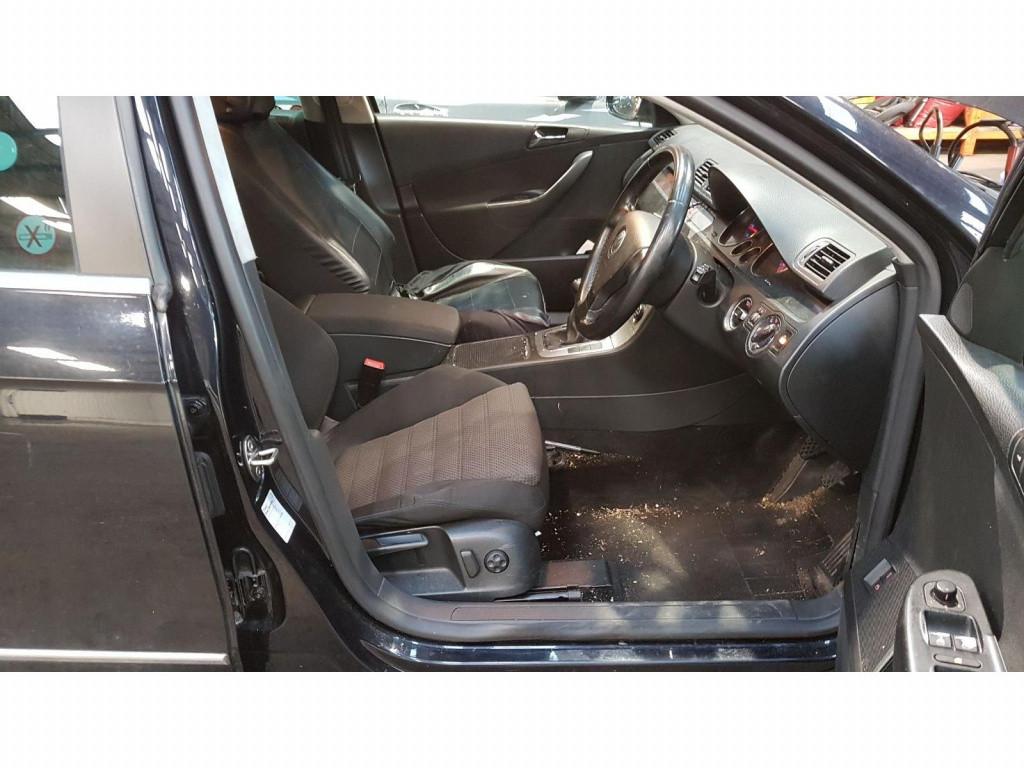CD player Volkswagen Passat B6 2006 Break 2.0 TDi
