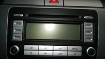 Cd-player Vw Passat B6 2.0Tdi combi model 2008