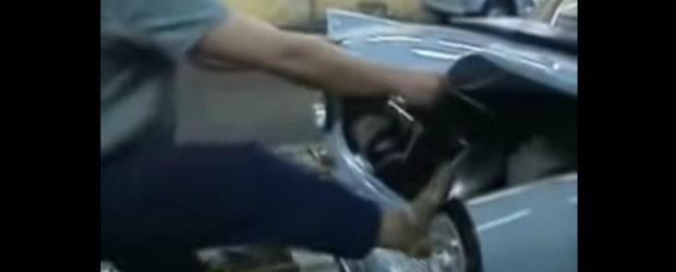 Ce atatia roboti? Un video mai vechi ne arata cum Trabantul era asamblat doar cu ciocanul si picioarele