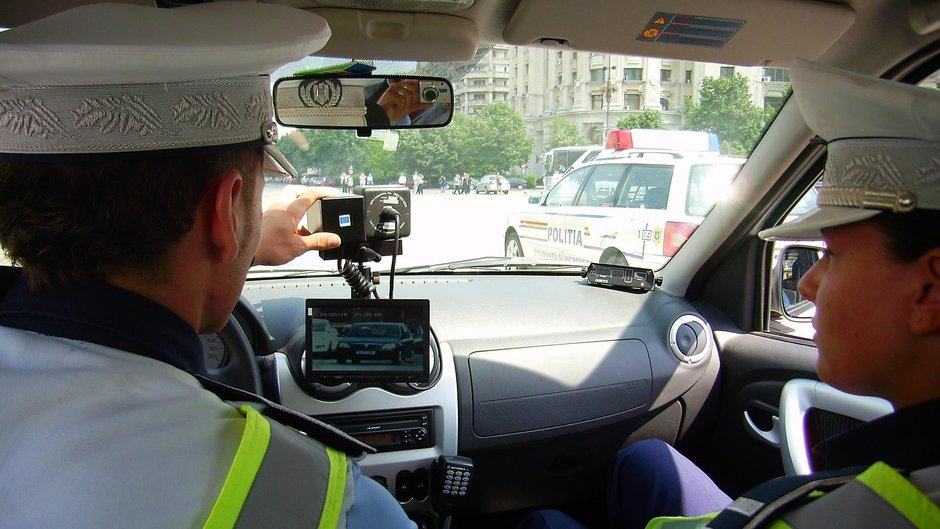 Ce iti doresti mai mult de la politistul rutier din Romania?