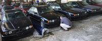 Ce mai descoperire! 11 BMW-uri E34 au fost gasite noi-noute intr-un depozit din Bulgaria
