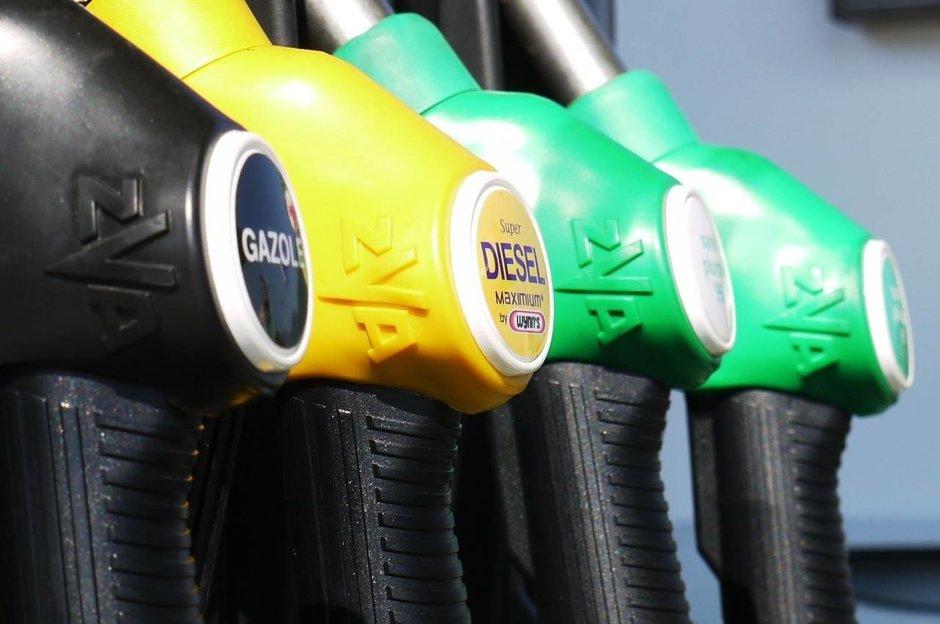 Ce masina merita sa imi cumpar in 2019: diesel, benzina sau electrica?
