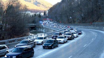 Ce piese auto se strica dupa o vacanta in aglomeratia de pe Valea Prahovei?