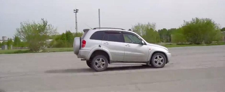 Ce se intampla daca bagi in marsarier la 100 km/h? VIDEO cu cel mai tare experiment de pe internet