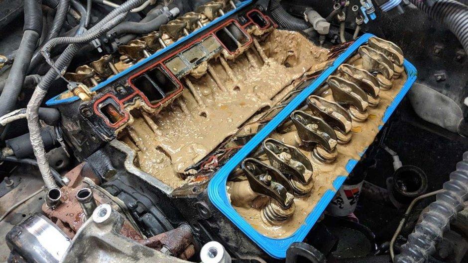 Ce se intampla daca conduci prea mult cu motorul supraincalzit?