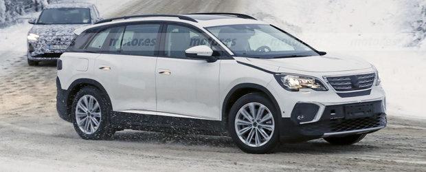 Cea mai noua masina de la Volkswagen a fost surprinsa camuflata in Peugeot. Foto ca sa te convingi si singur
