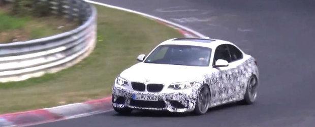 Cea mai puternica versiune a BMW-ului M2 a fost surprinsa pe Nurburgring. Adevarata surpriza ar putea veni de sub capota
