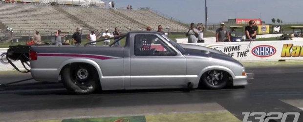 Cea mai rapida masina de strada parcurge sfertul de mila in doar 6 secunde!